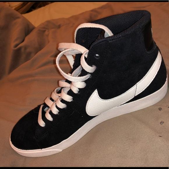 Nike Womens Blazer Mid Vintage Suede High Tops